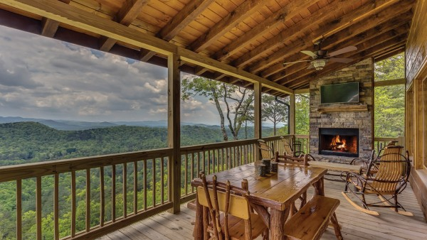 It s all about the view appalachian country living magazine Best mountain view cabins in gatlinburg tn