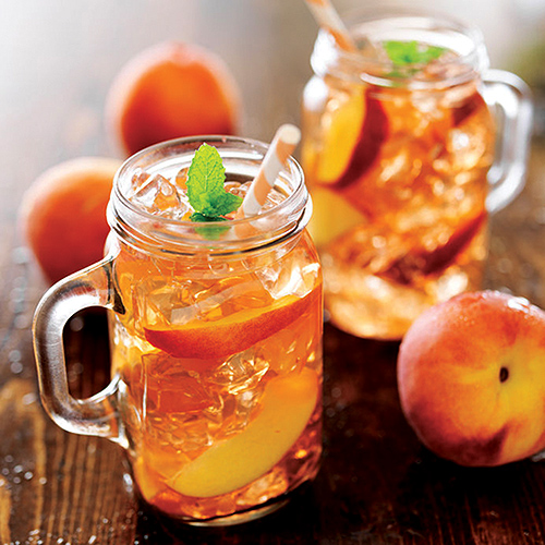 Easy homemade peach iced tea appalachian country living for Easy fruit tea recipe