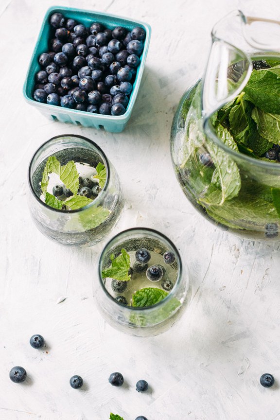 5 Blueberry White Wine Sangria WEB (Tone It Up)